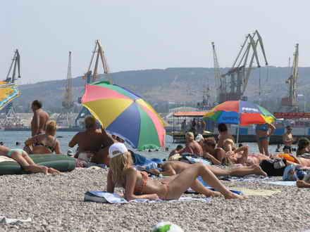 Порно фото с пляжей феодосия подборка мужской